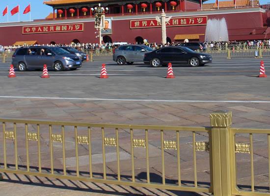 北京天安门护刷金属氟碳漆后最终效果