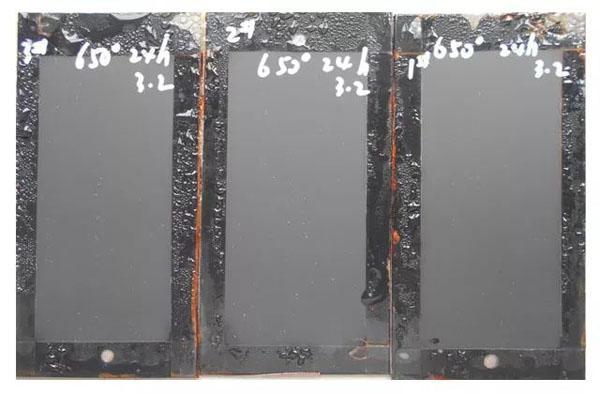 650℃烘烤24h后,耐盐雾性达到400h的耐高温漆样板